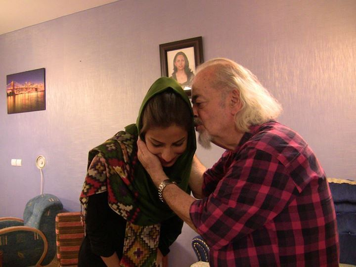 Dr. Maleki begs Tarane Taefi for forgiveness for being denied to attend university by the Islamic Regime.