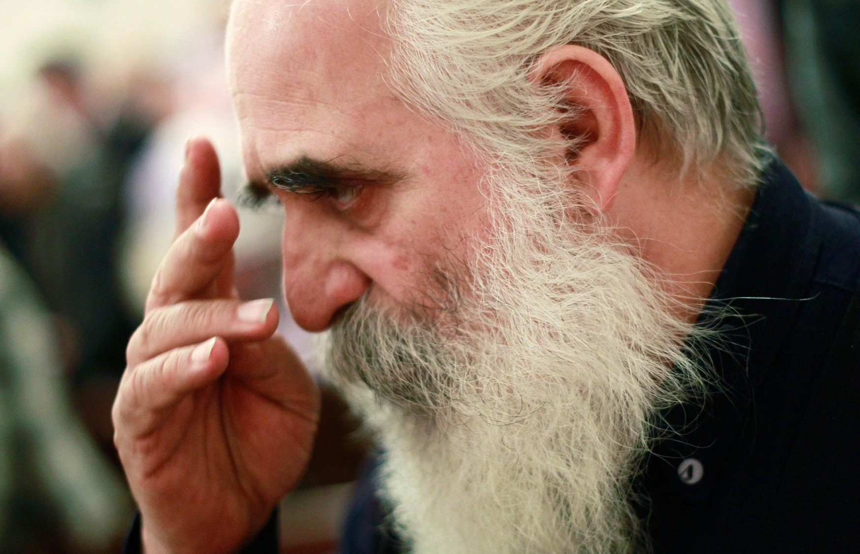 A Christian man prays at a New Year's mass at Saint Serkis church in Tehran, 2011. (Reuters photo: Morteza Nikoubazl)